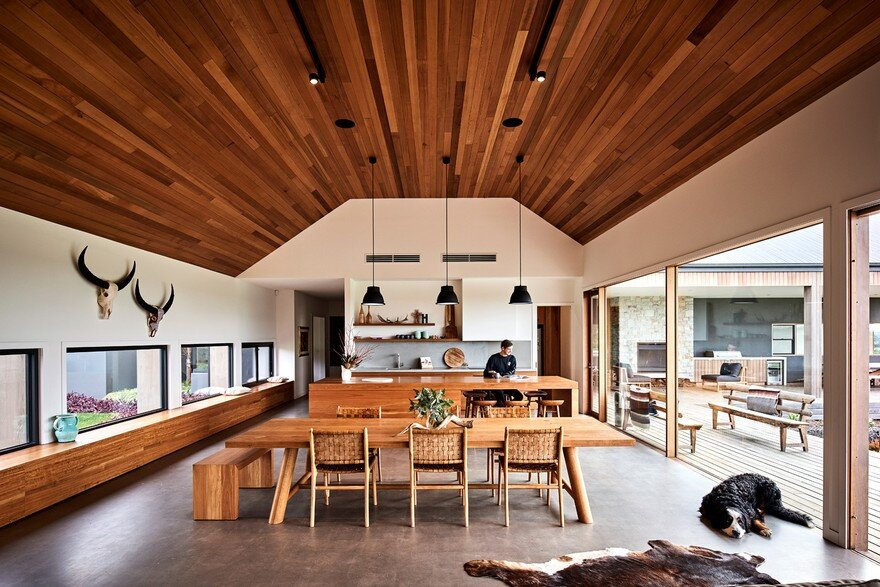 Ceres House Inspired by American Ranch Style Architecture 4