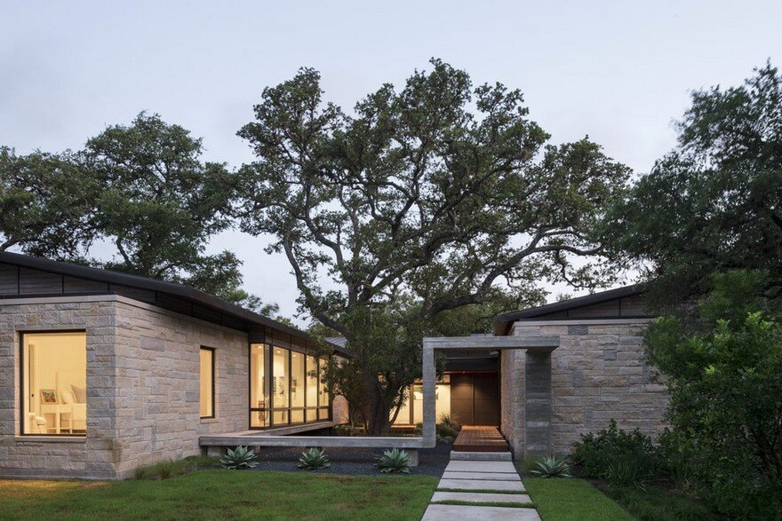 Ridge Oak Residence by McKinney York Studio 12