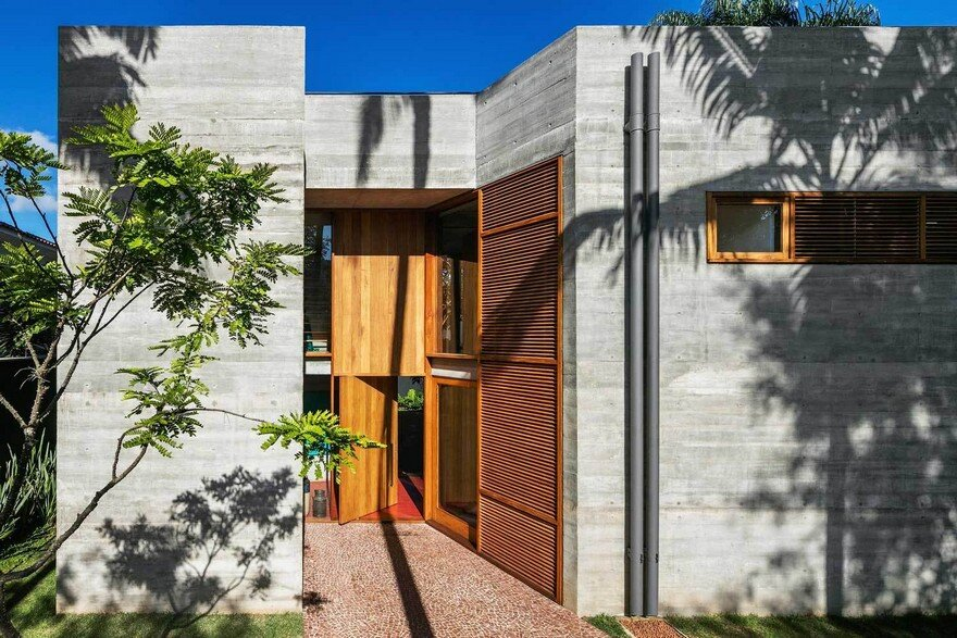 Brutalist-Inspired Concrete House in Sao Paulo by UNA Arquitetos