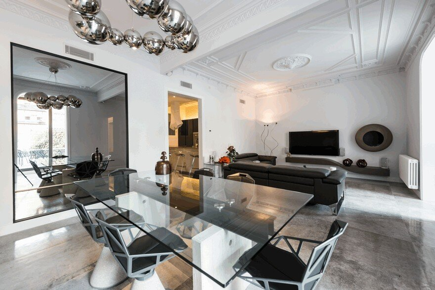 Modern and Contemporary Family Apartment in Barcelona's Eixample