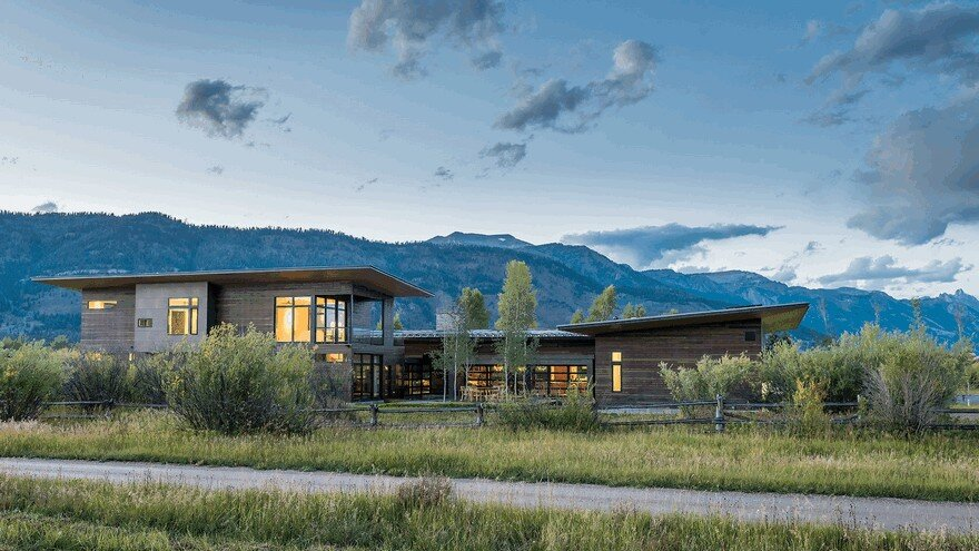 Contemporary Mountain Home in Wyoming Offering Comfort and Seclusion