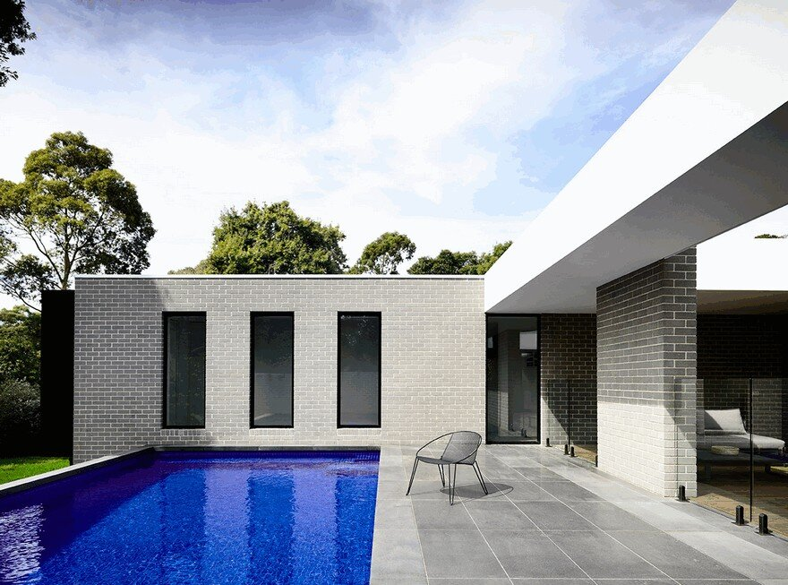 L Shaped Modern House In Melbourne By Inform Design