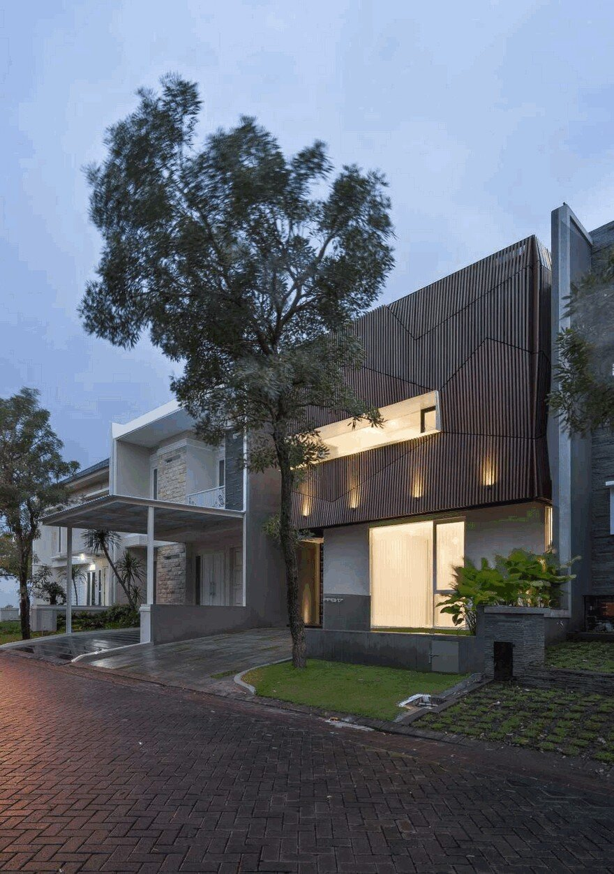 S Residence: Comfortable, Efficient and Practical Indonesian Home 17