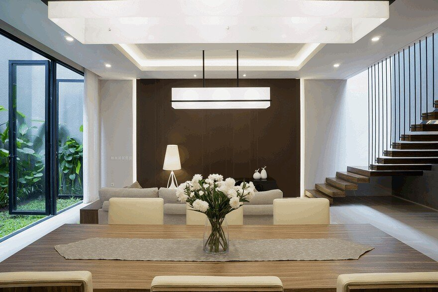Comfortable, Efficient and Practical Indonesian Home 2
