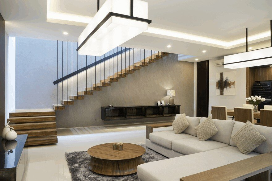 Comfortable, Efficient and Practical Indonesian Home 7
