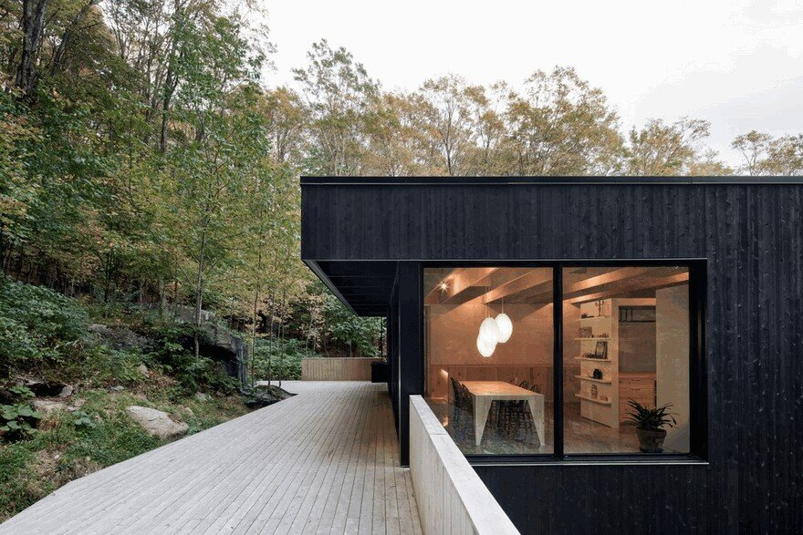 The Rock House Offers Access to a Wild and Untouched Nature 2
