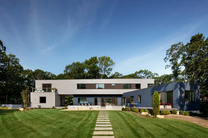 Modern Energy Efficient House Fabricated in Pennsylvania and Transported in East Hampton