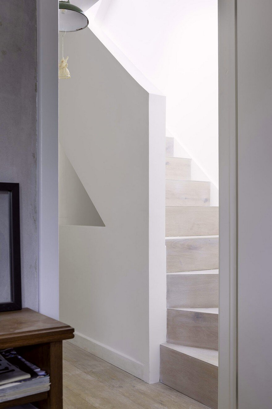 Striking Rooftop Addition to a Top Floor Flat in North East London 5