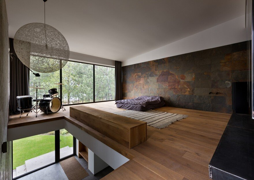 Heat 360 House: Converting a Non-Residential Building into a Cozy Home 7