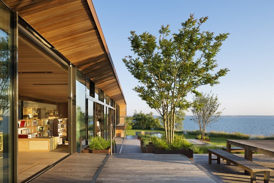 Waterfront Modern Retreat Overlooking Peconic Bay in the Hamptons, Peconis House 5