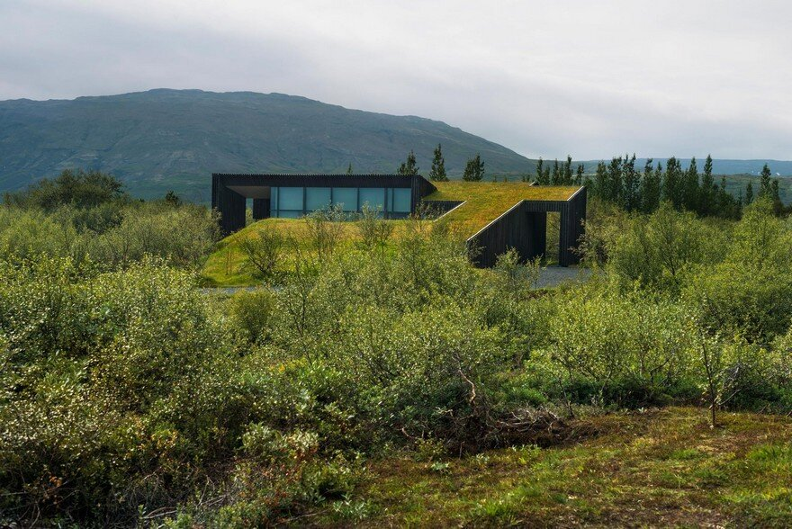 This Rural Cottage in Iceland Have Turf Roofs and Burnt Timber Cladding 2