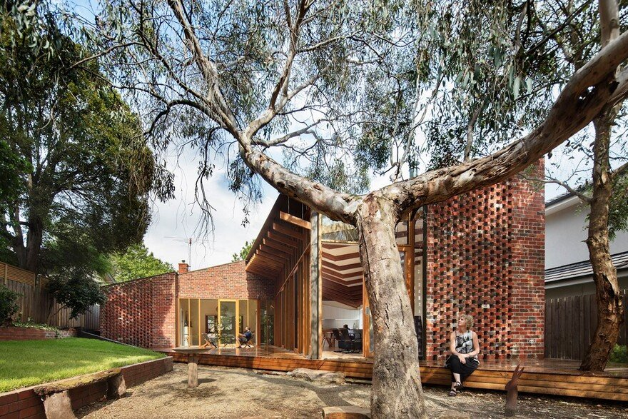 Brick Veneer House Renovated by FMD Architects in Melbourne Inner-East