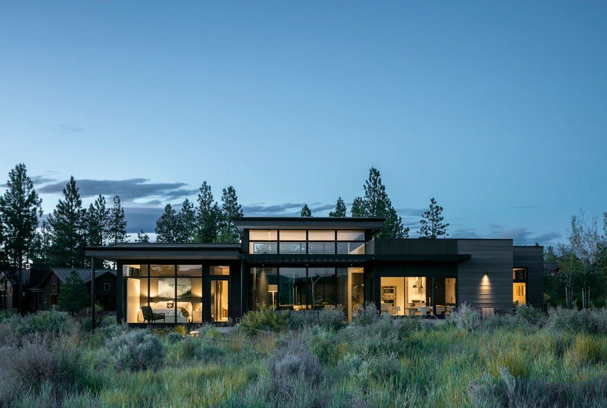 Modern Weekend House in Central Oregon