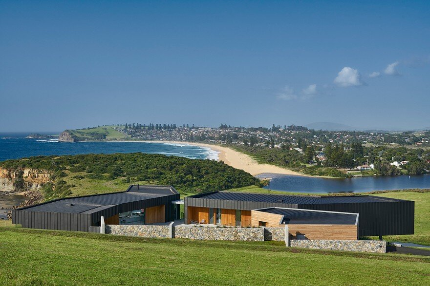 Pavilion-Like House Offers Spectacular Views of New South Wales's Werri Beach 15