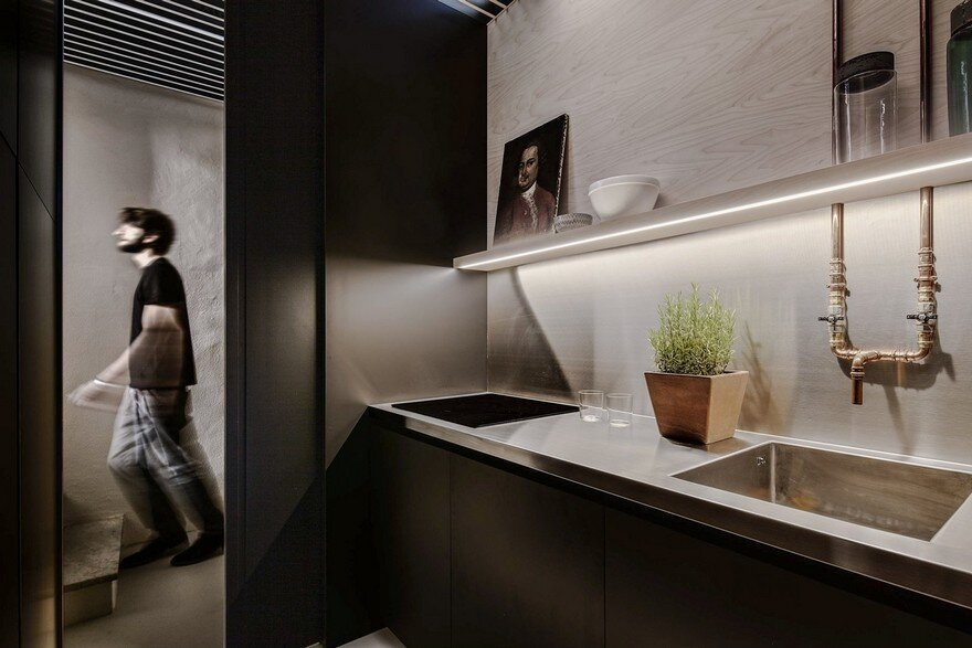 Restoration of a Small Apartment for Tourist Use, Archiplan Studio 4