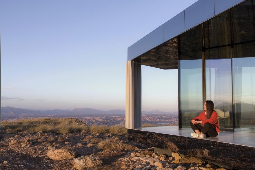 Small Glass Cabin in Gorafe Desert, Spain by OFIS Arhitekti 2