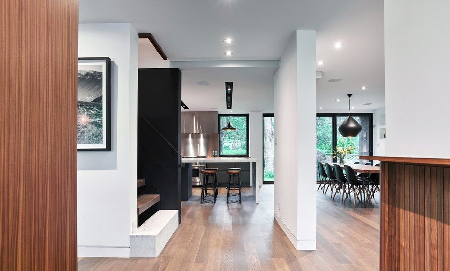 A Traditional 1950s House Has Been Updated for a Modern Lifestyle 4