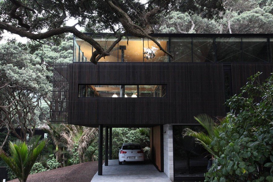 Kawakawa House by Herbst Architects