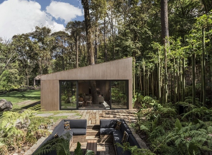 L-Shape Weekend House by Dellekamp Arquitectos 9