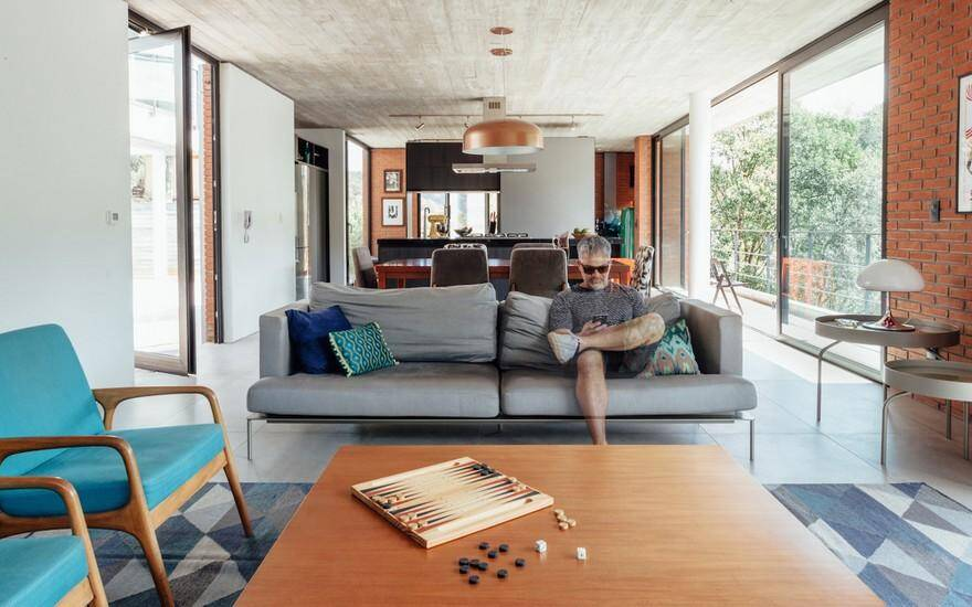 Pereira Narvaes House by SUCRA Arquitetura + Design 4
