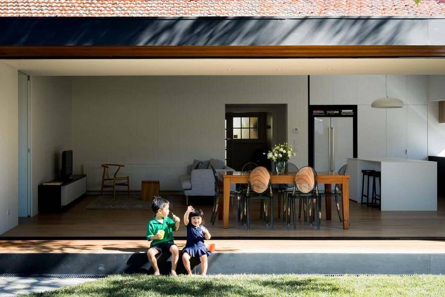 1920's Brick Bungalow Addition by MODO Architecture: Open House 2