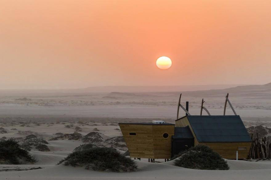 Skeleton Coast Shipwreck Lodge, Nina Maritz Architects 13
