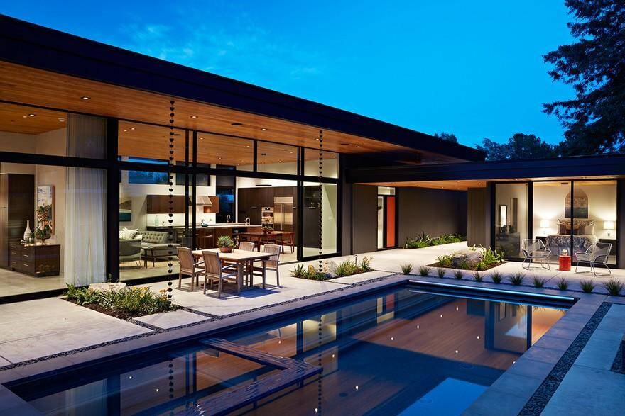 Glass Wall House by Klopf Architecture 1