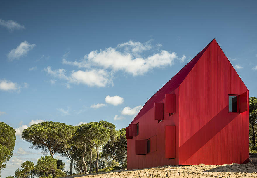 This Minimalist Red House Complements the Landscape as a'Overwhelmingly Visible' Structure 2