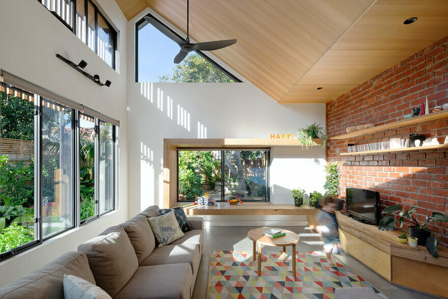 Passive Extension and Renovation, Magnolia Soul Family House 1