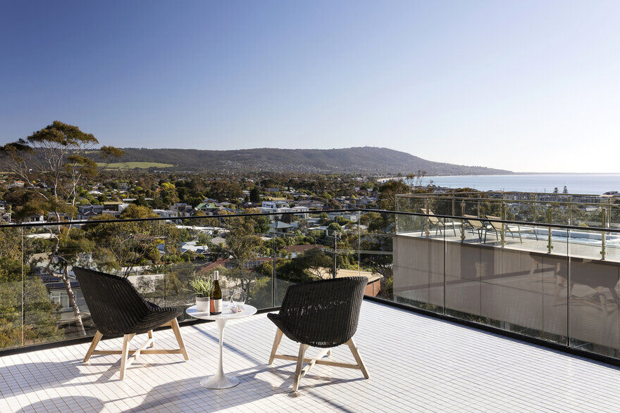 Timeless Contemporary Home in  Mount Martha , Victoria 11