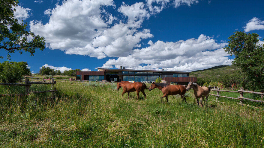 Gambel Oaks Ranch / CCY Architects