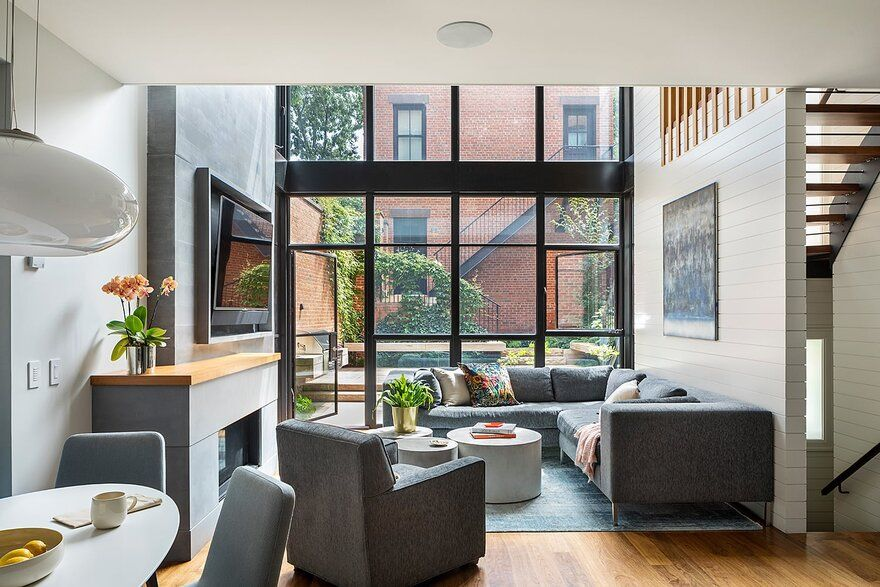 Cobble Hill Row House and Carriage House / CWB Architects