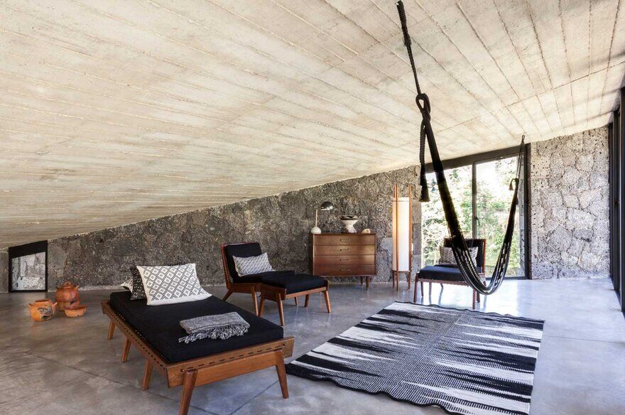 MA House: Stone Retreat Stands at the Foot of Tepozteco Mountain