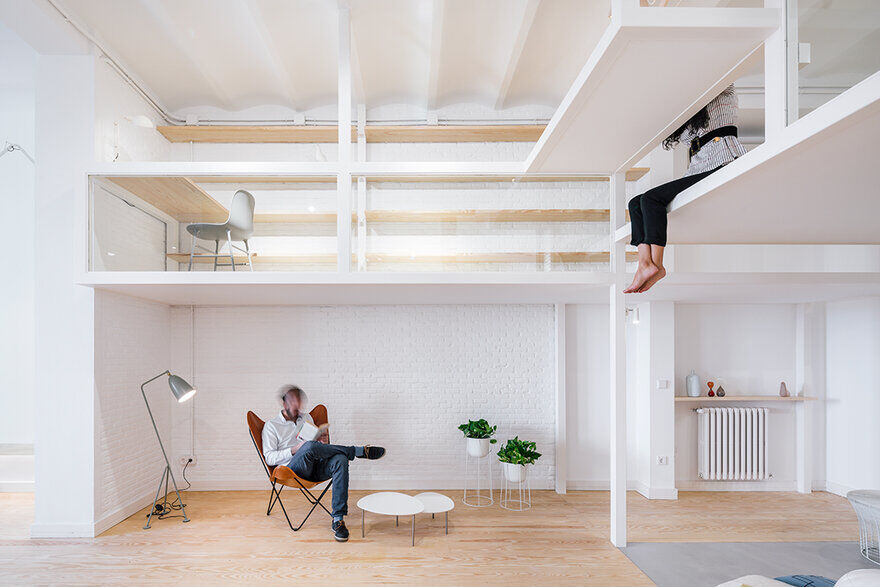 """Madrid Loft - """"House Within a House"""" Inspired by Japanese Architecture"""