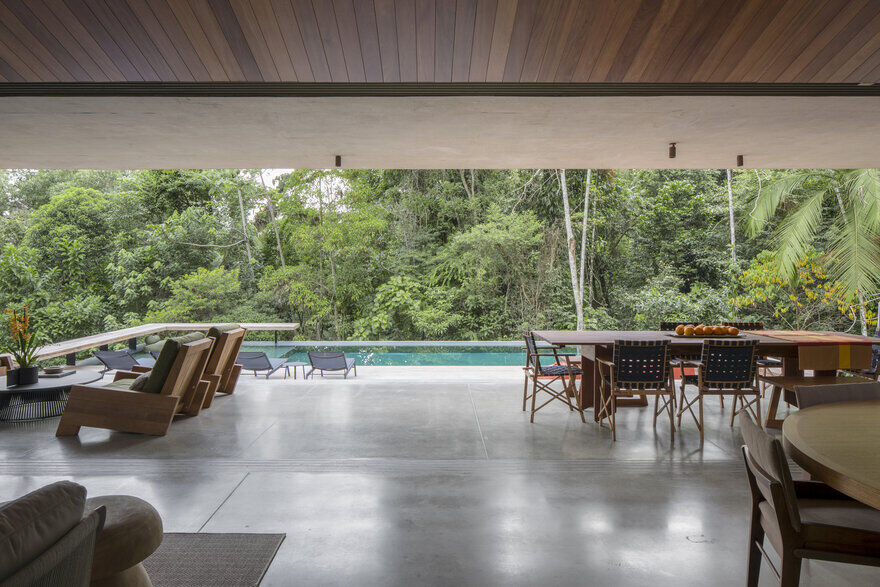 Sao Pedro Residence - Floating House by Gui Mattos