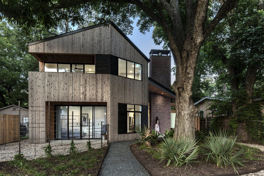 Hewn House in Texas / Matt Fajkus Architecture