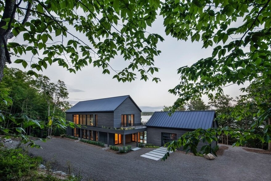 Cap St-Martin House / Bourgeois Lechasseur Architects