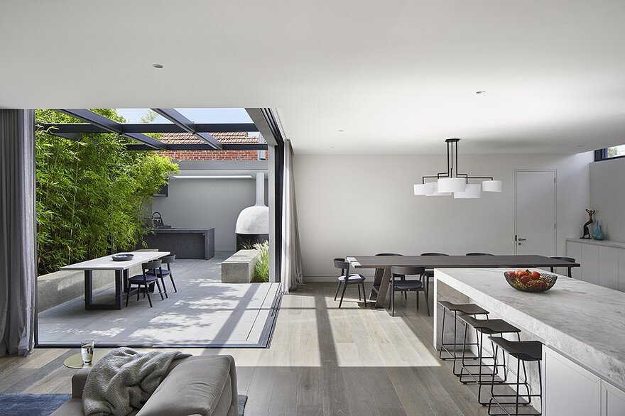Metal Clad Extension to a Traditional Edwardian Style Home