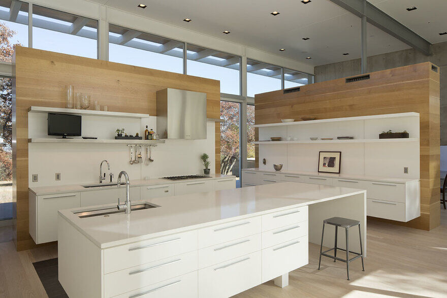 kitchen / Dick Clark + Associates