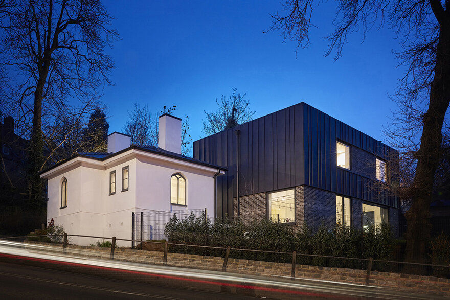 Muswell Hill House by Mulroy Architects