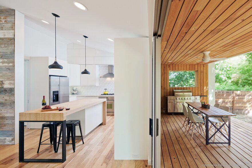 Y House, an Addition and Renovation to a 1960's Texas Ranch Style House