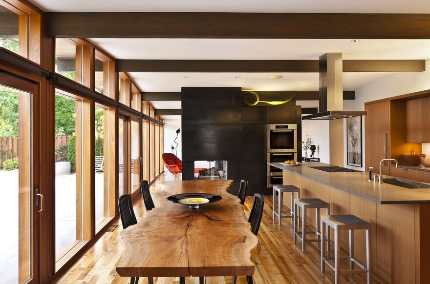 dining room+kitchen, a Mid-Century Transformation by Rerucha Studio