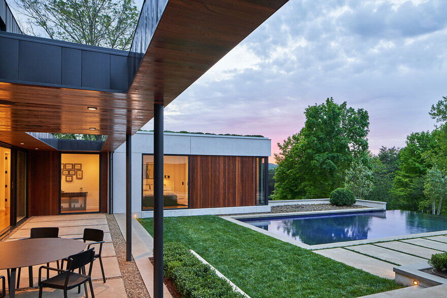 pool, Tennessee / Sanders Pace Architecture