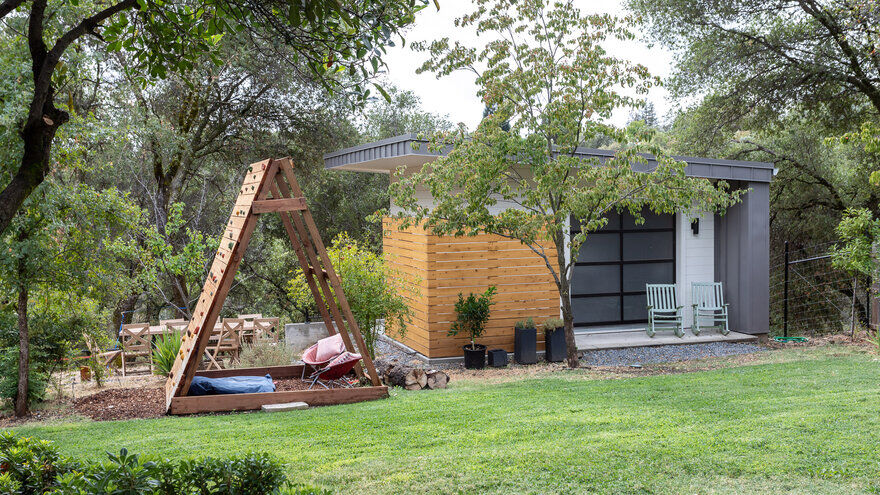 Extensive Remodel of a 1970s House in Auburn, California
