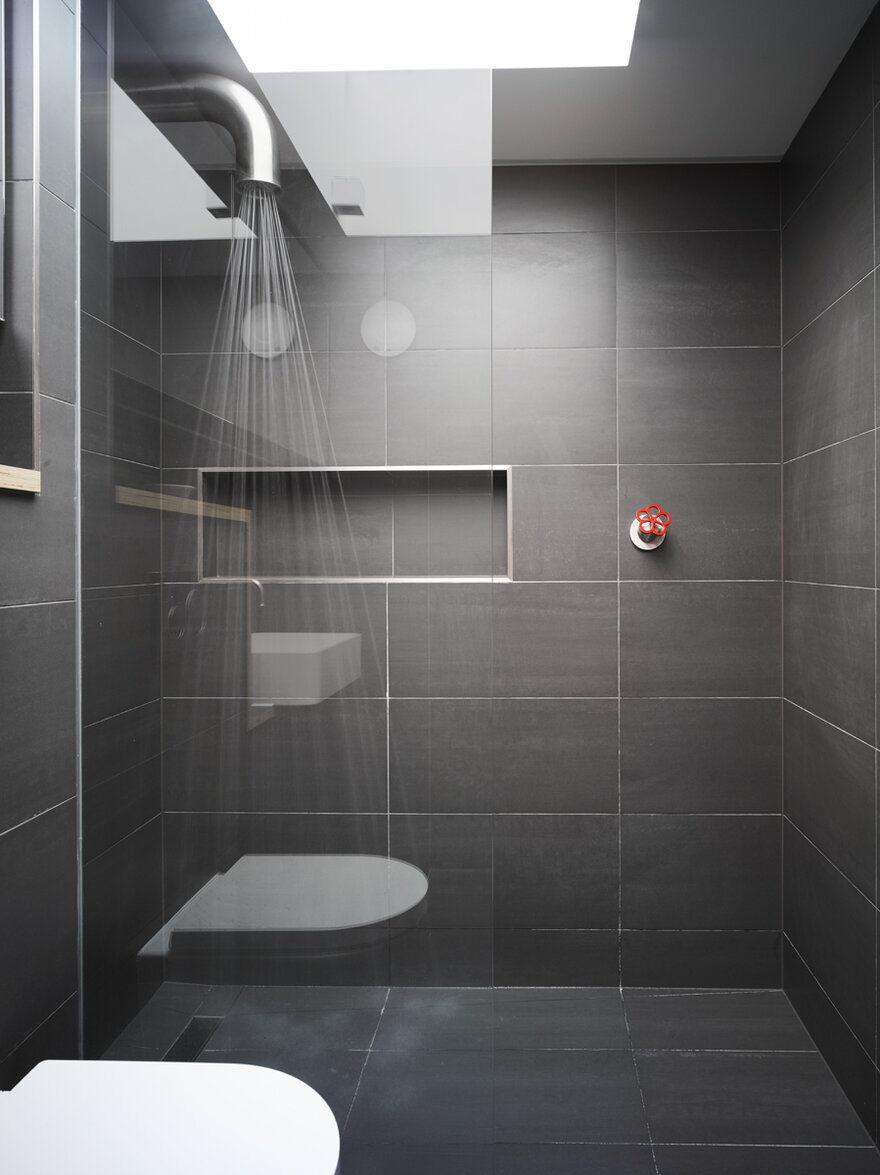 bathroom, Well Lane project, Mulroy Architects