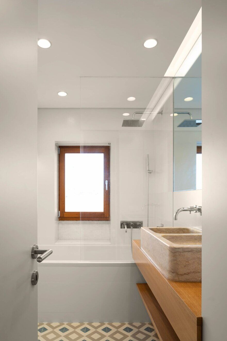 bathroom, Cascais, Portugal by Esquissos Architecture