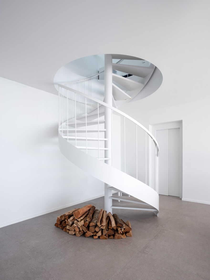 spiral staircase / 05 AM Arquitectura
