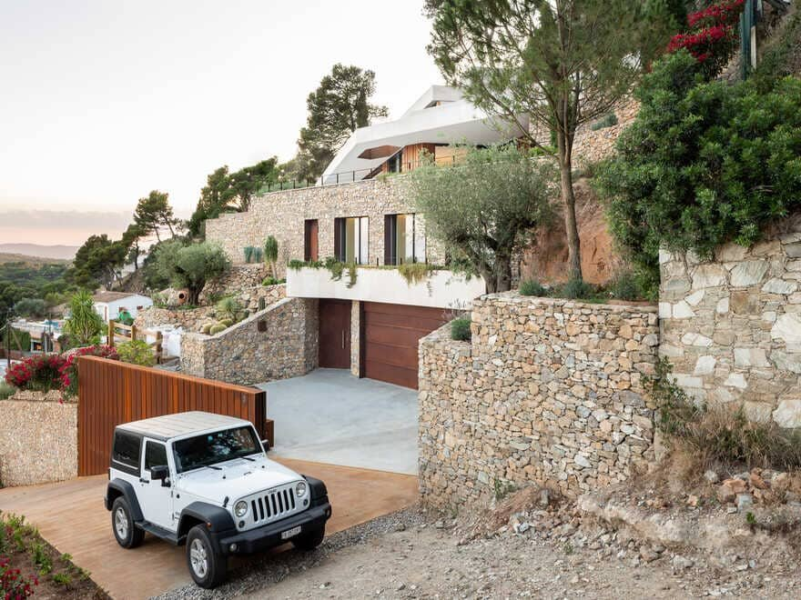 House in Ses Costes / 05 AM Arquitectura