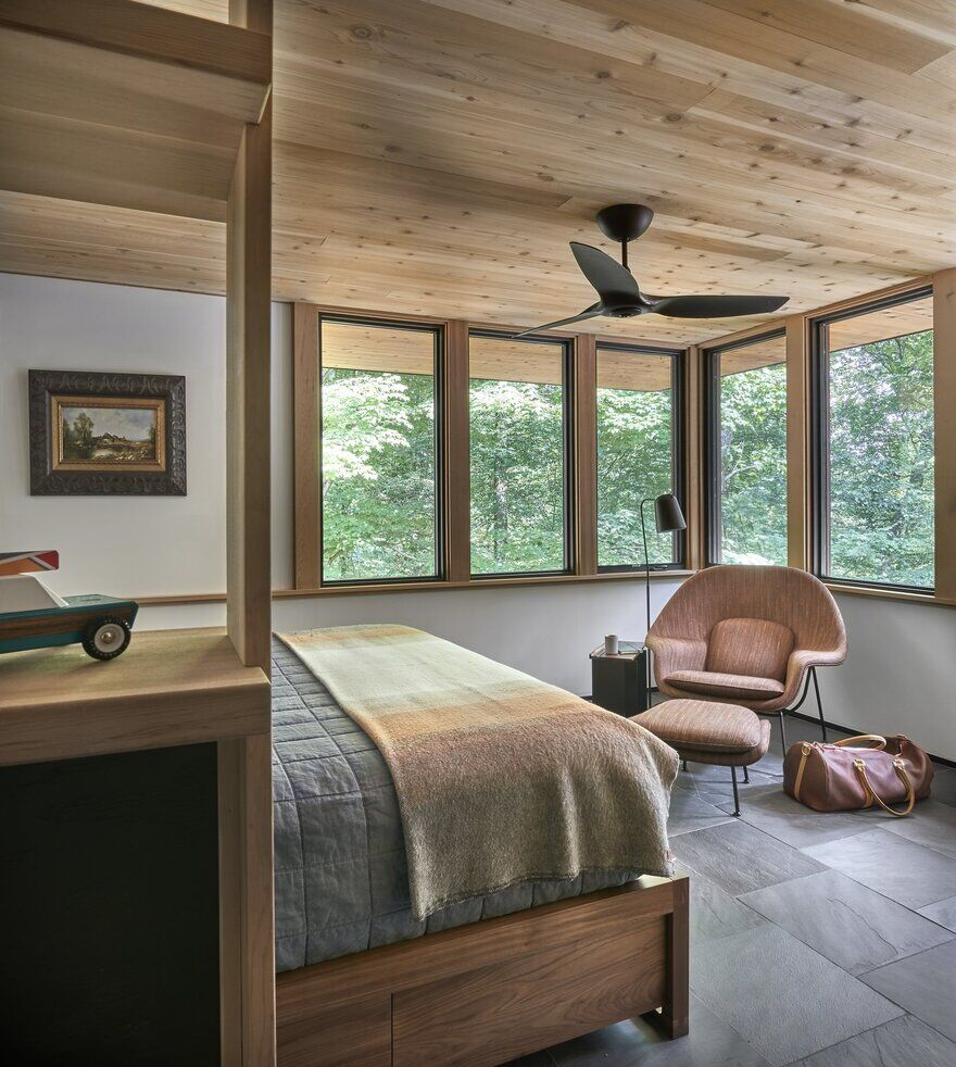 bedroom, Searl Lamaster Howe Architects