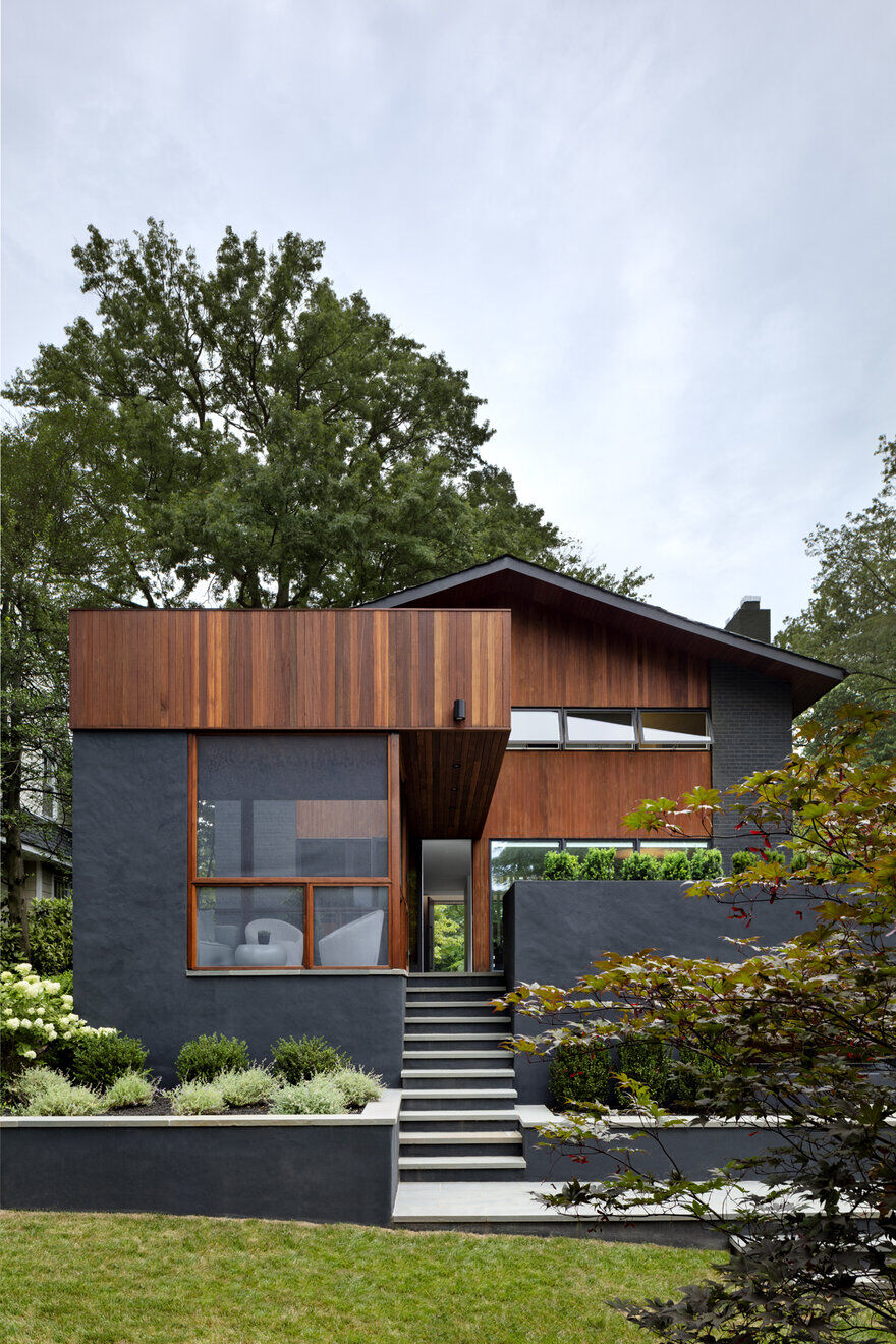 A Washington Modernist House Completely Remodeled by Assembledge+